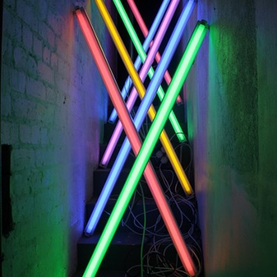 Susie-Olczak-Light-installation