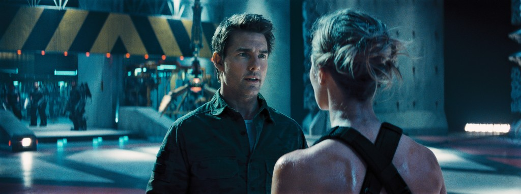 Edge-Of-Tomorrow-Tom-Cruise-Emily-Blunt-Photo-Copyright-Warner-Bros-Entertainment-Inc-Pictures-Doug-Liman-Interview-by-Creative-Mapping