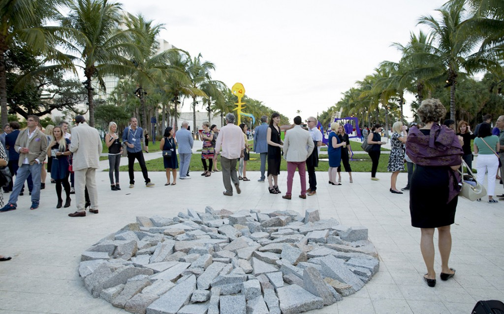 Art-Basel-2014-Miami-Design-Creative-Mapping-Richard-Long