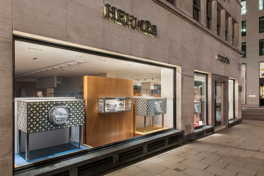 Andrew-Meredith-Hermes-2-creative-mapping