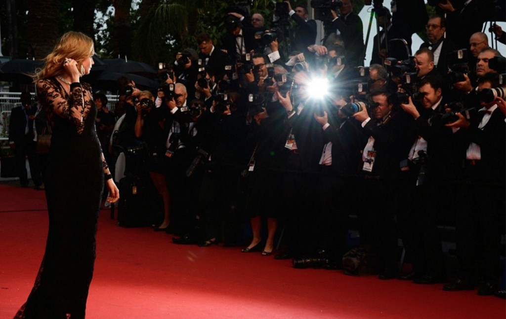 Cannes-redcarpet-creativemapping