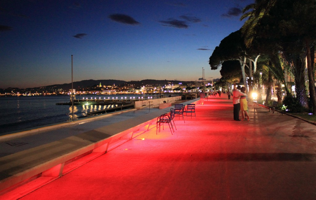 Cannes-redcarpet-creativemapping1