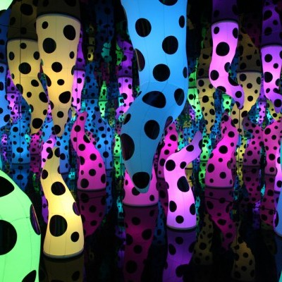 Yayoi-Kusama-Love-is-Calling-2013-via-David-Zwirner