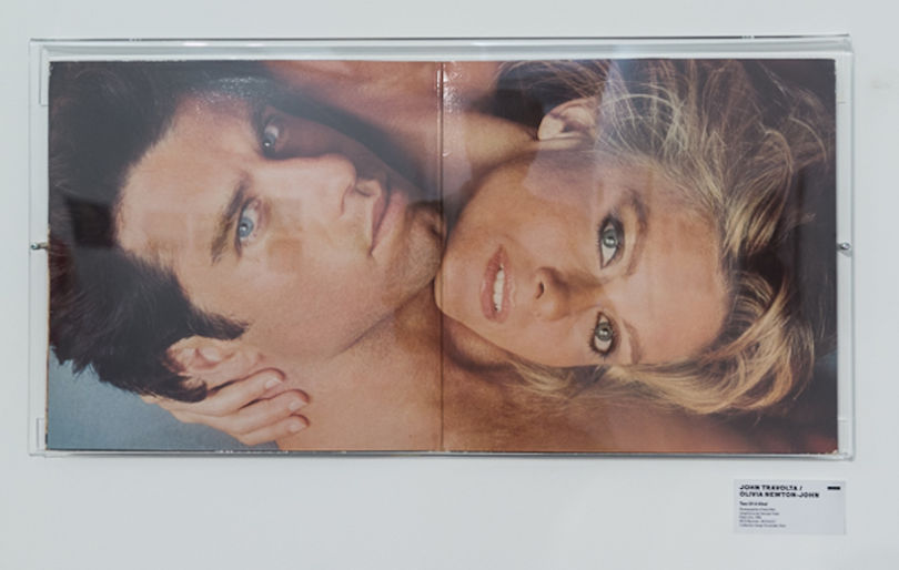 Total-Record-Arles-2015-John-Travolta-et-Olivia-Newton-John-Photo-Herb-Ritts-Creative-Mapping