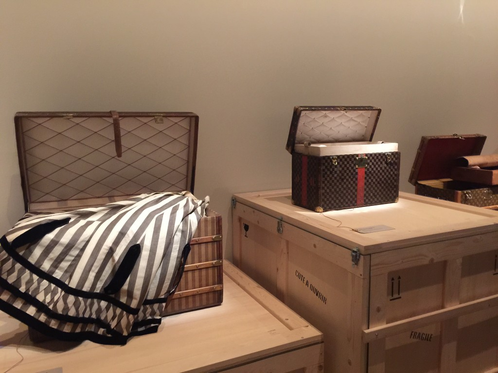 Louis Vuitton Wallpaper For Bedroom Louis Vuitton Volez Voguez Voyagez Creative Mapping