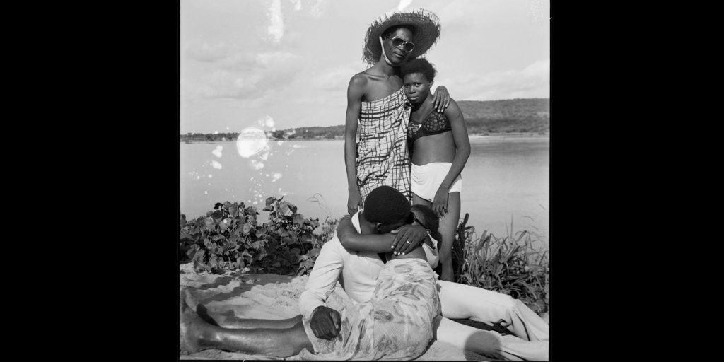 malick-sidibe-the-eye-of-modern-mali-somerset-creativemapping-3